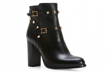 WOMEN LEATHER ANKLE BOOTS WITH STUDS